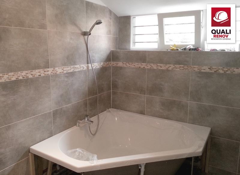 am nagement salle de bain quali toiture quali renov. Black Bedroom Furniture Sets. Home Design Ideas